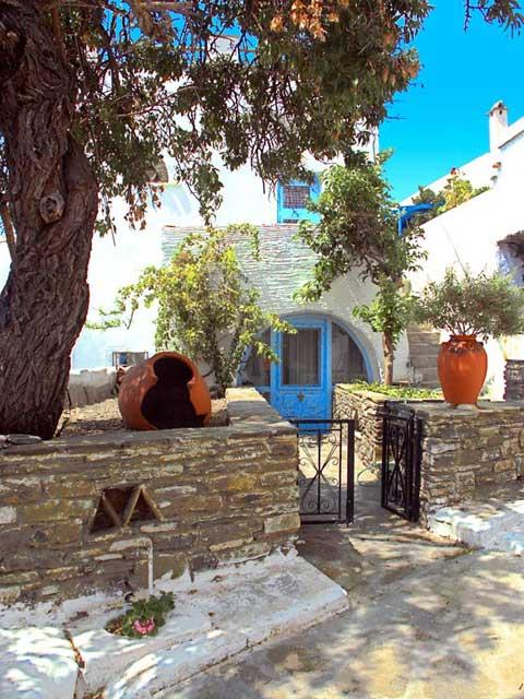The village of Tripotamos in Tinos TINOS PHOTO GALLERY - TRIPOTAMOS