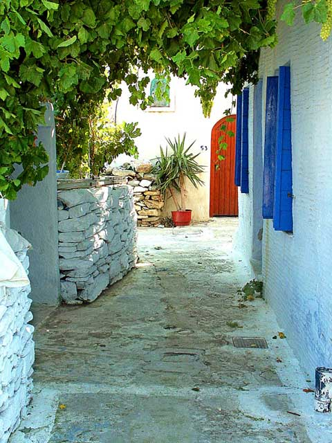 Travel to Tinos Photo Gallery  -  Aetofolia village