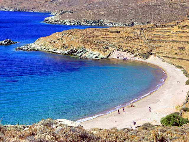 The beach of Apigania TINOS PHOTO GALLERY - Apigania